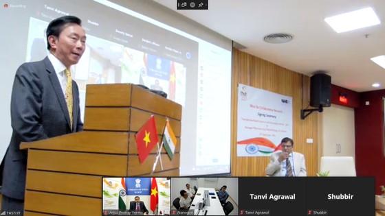 Ấn Độ hỗ trợ Việt Nam nghiên cứu, đánh giá vaccine Nano Covax ảnh 1