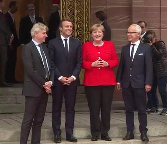 First News được chọn ký hợp đồng bản quyền xuất bản sách của Tổng thống Pháp Macron ảnh 5