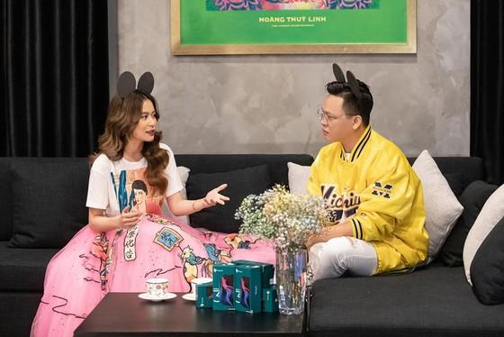 Hoàng Thuỳ Linh trở lại sắc sảo với MV 'Kẻ cắp gặp bà già' ảnh 7