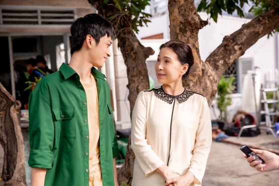 Dàn sao hàng đầu của Làn sóng xanh hát về tấm lòng tử tế của người dân Việt Nam ảnh 10