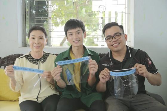 Đạt 1 triệu view khi chưa đầy 5 ngày, dàn sao 'Việt Nam tử tế' tung hình ảnh hậu trường   ảnh 2