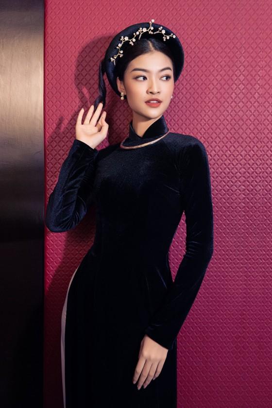 Á hậu Kiều Loan khoe sắc nền nã trong trang phục áo dài  ảnh 3