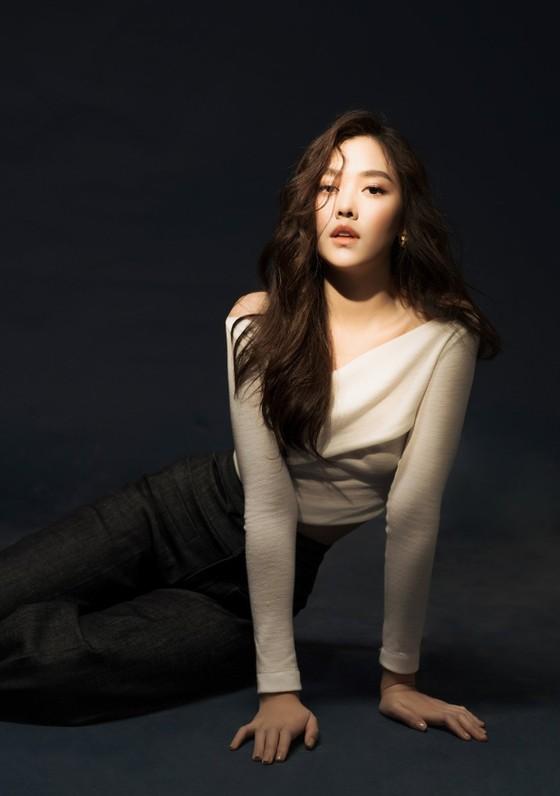 Á hậu Tường San khoe vẻ ngọt ngào trong bộ ảnh mới ảnh 4