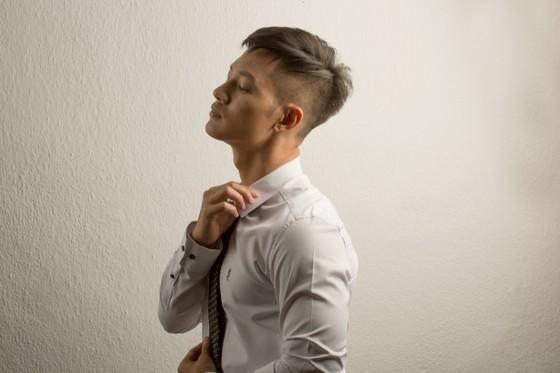 Ca sĩ Đức Tuấn giới thiệu album Trọn một kiếp yêu ảnh 4