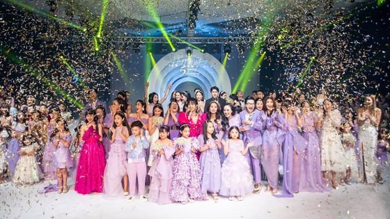 Lan Phương, Phương Oanh, Hương Ly xuất hiện trong show thời trang của NTK Thảo Nguyễn ảnh 1