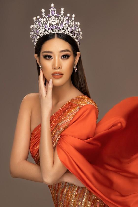 Võ Hoàng Yến, H'Hen Niê giúp Khánh Vân tìm ra trang phục dân tộc thi Miss Universe ảnh 1