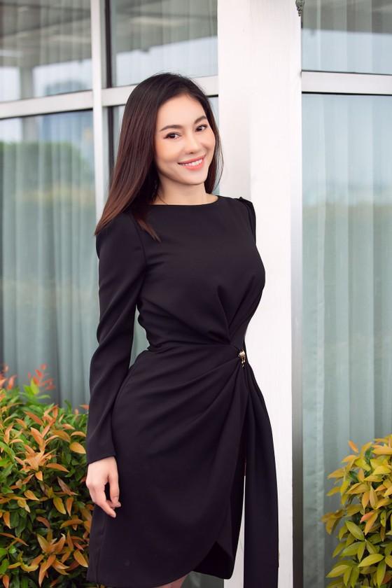 Hoa hậu Đỗ Mỹ Linh, Tiểu Vy thanh lịch tại sơ khảo Hoa hậu Việt Nam 2020 ảnh 6