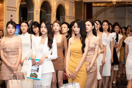 Dàn thí sinh 2000 lọt vào Bán kết Hoa Hậu Việt Nam 2020 ảnh 2