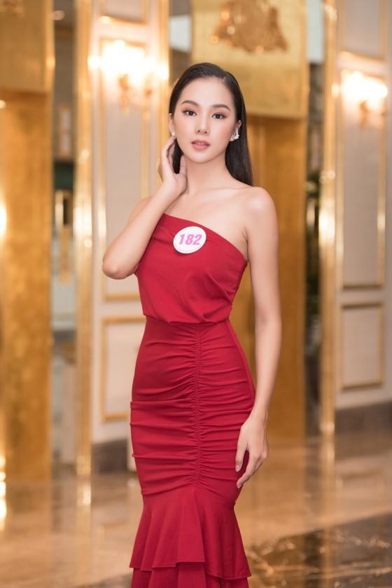Chiêm ngưỡng nhan sắc Top 60 Hoa hậu Việt Nam 2020 ảnh 6