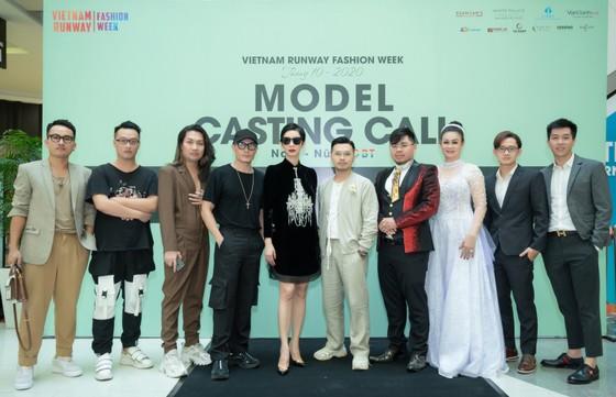 Hoa hậu Khánh Vân sẽ làm 'nàng thơ' tuần lễ thời trang chủ đề 'Rừng' ảnh 5