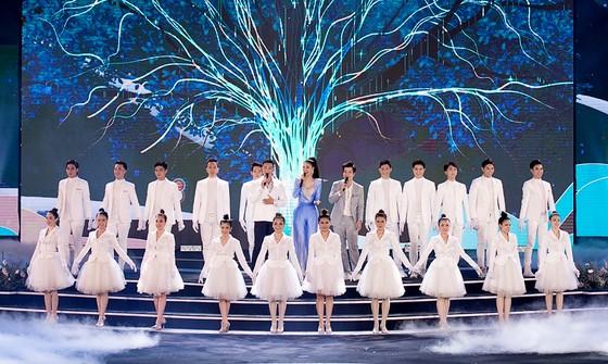 Công bố 35 thí sinh vào Vòng Chung kết Hoa hậu Việt Nam 2020 ảnh 1
