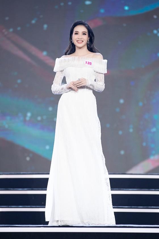Công bố 35 thí sinh vào Vòng Chung kết Hoa hậu Việt Nam 2020 ảnh 7