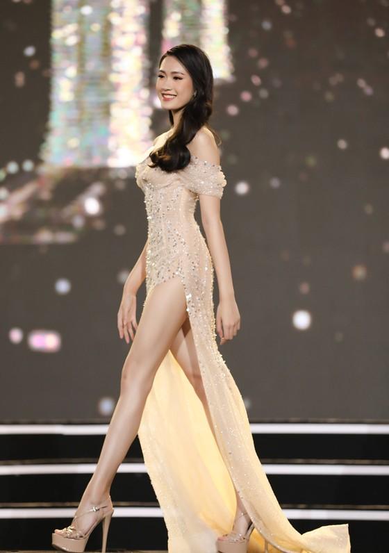 Công bố 35 thí sinh vào Vòng Chung kết Hoa hậu Việt Nam 2020 ảnh 13