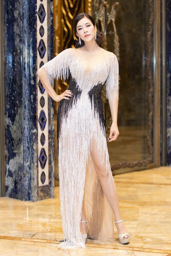 Hương Giang rút khỏi Chương trình Người đẹp Biển - Du lịch Hoa hậu Việt Nam 2020 ảnh 1