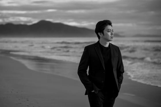 Tung bộ ảnh lịch lãm, Lân Nhã tuyên bố phát hành album vật lý đầu tiên trong sự nghiệp ảnh 7
