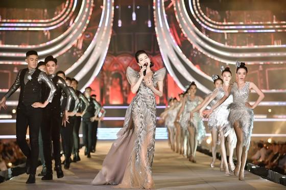 Công bố Top 5 Người đẹp Thời trang Hoa hậu Việt Nam 2020 ảnh 14