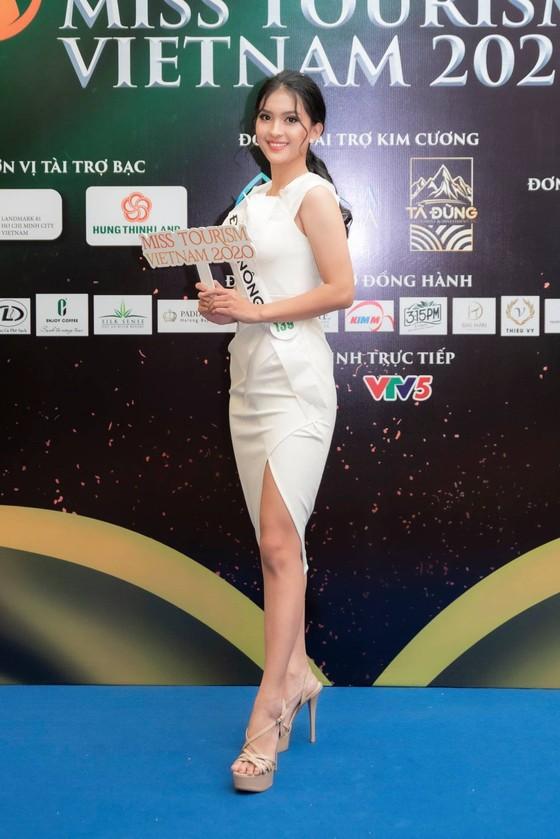 Lộ diện Top 32 thí sinh nổi bật Hoa khôi Du lịch Việt Nam 2020 ảnh 5