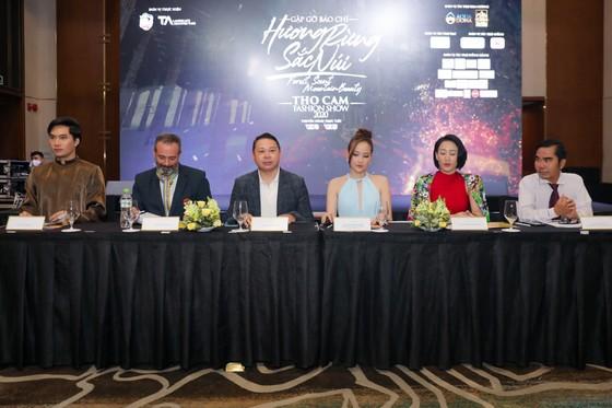 """Lễ hội Văn hóa Thổ cẩm Việt Nam 2020: Sẽ trình diễn Fashion show """"Hương rừng sắc núi"""" ảnh 1"""