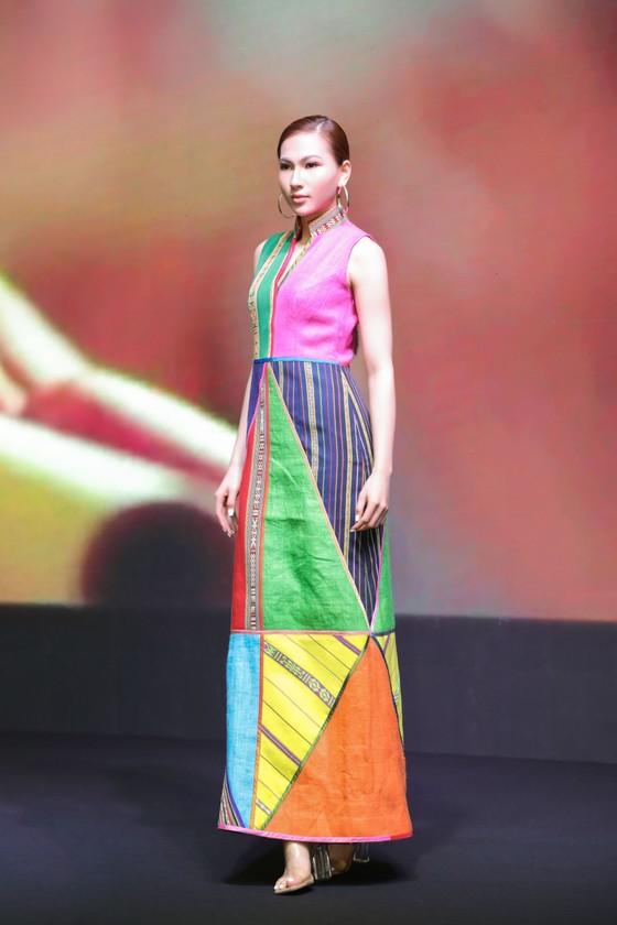 """Lễ hội Văn hóa Thổ cẩm Việt Nam 2020: Sẽ trình diễn Fashion show """"Hương rừng sắc núi"""" ảnh 4"""