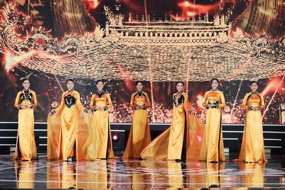 Đỗ Thị Hà đăng quang Hoa hậu Việt Nam 2020 ảnh 7