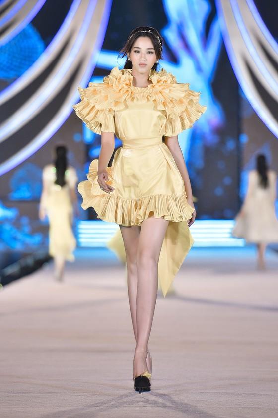 Cận cảnh nhan sắc tân Hoa hậu Đỗ Thị Hà  ảnh 7