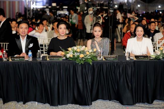 Top 30 thí sinh Hoa khôi Du lịch Việt Nam 2020 hoàn tất Đêm thi Bán kết ảnh 1