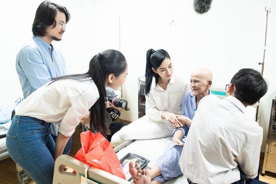 Chuyến từ thiện đầu tiên của Tân Hoa hậu Đỗ Thị Hà ảnh 4