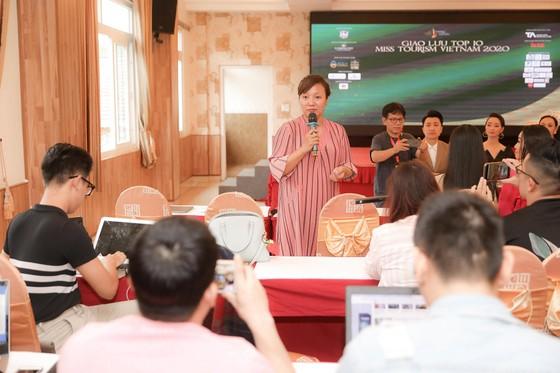 Ban tổ chức trả lời lý do cuộc thi Hoa khôi Du lịch Việt Nam 2020 không có người chiến thắng  ảnh 6
