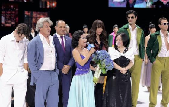 Trương Ngọc Ánh, Đức Hải trở lại sàn catwalk sau gần 10 năm ảnh 8