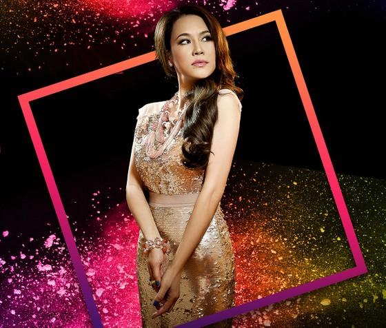13 nhà thiết kế, 400 người mẫu trình diễn tại Vietnam International Fashion Festival ảnh 5