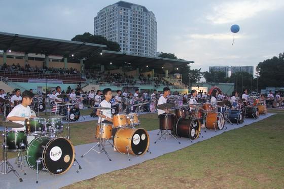 Xác lập Kỷ lục Guinness Việt Nam biểu diễn trống Jazz nhiều nhất ảnh 2