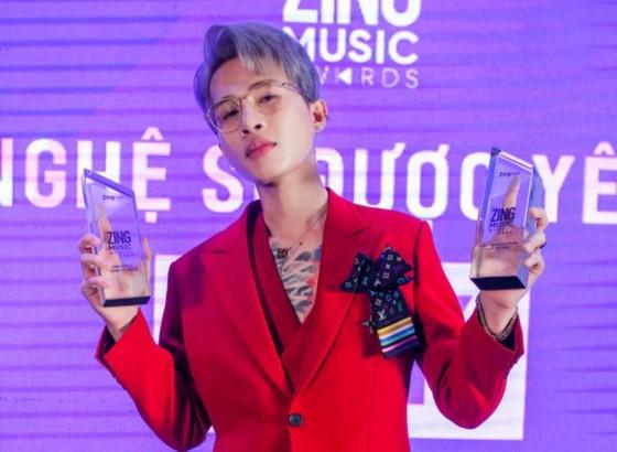 """Jack lập cú đúp 2 giải thưởng, Erik là """"Nghệ sĩ của năm"""" tại Zing Music Award 2020 ảnh 2"""