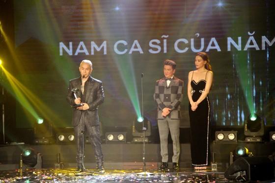 Binz và Amee đoạt giải ca sĩ của năm tại Giải thưởng Làn sóng xanh 2020 ảnh 5