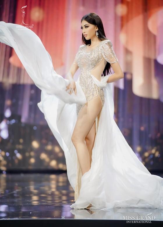 Người đẹp Mỹ đăng quang Miss Grand International 2020, Ngọc Thảo vào Top 20 ảnh 21