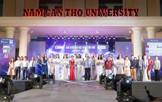 Miss World Vietnam 2021 khai hội 'tuyển sinh' tại Đại học Nam Cần Thơ ảnh 4