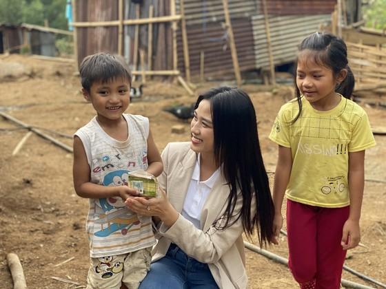 Hoa hậu Đỗ Hà bắt tay làm dự án nhân ái đến Miss World 2021 ảnh 4