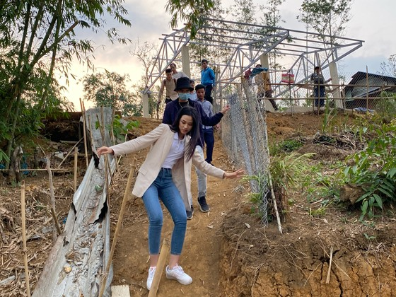 Hoa hậu Đỗ Hà bắt tay làm dự án nhân ái đến Miss World 2021 ảnh 2
