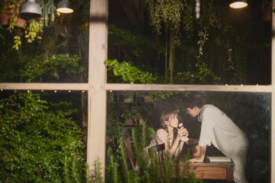 Thiều Bảo Trâm hát nhạc tỏ tình trong MV 'Love Rosie' ảnh 1