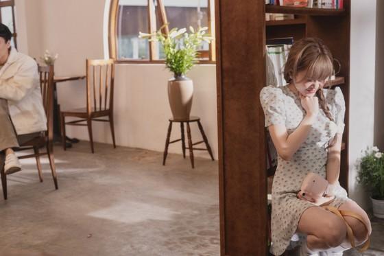 Thiều Bảo Trâm hát nhạc tỏ tình trong MV 'Love Rosie' ảnh 3