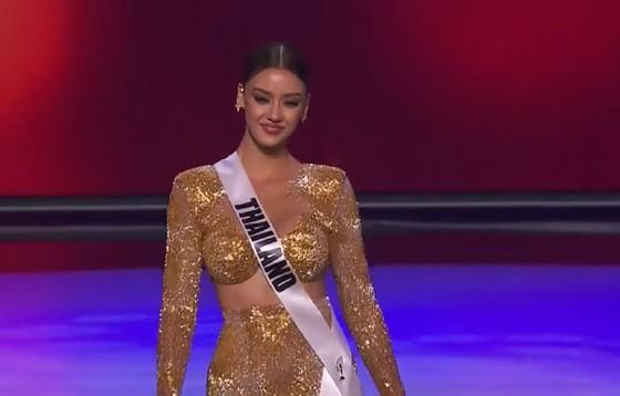 Cận cảnh trang phục dạ hội của Hoa hậu Khánh Vân tại bán kết Miss Universe ảnh 10