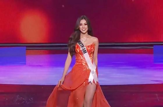 Cận cảnh trang phục dạ hội của Hoa hậu Khánh Vân tại bán kết Miss Universe ảnh 4