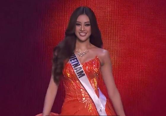 Cận cảnh trang phục dạ hội của Hoa hậu Khánh Vân tại bán kết Miss Universe ảnh 5