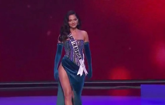Cận cảnh trang phục dạ hội của Hoa hậu Khánh Vân tại bán kết Miss Universe ảnh 11