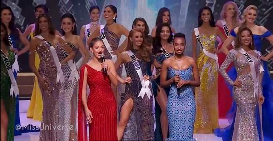 Cận cảnh trang phục dạ hội của Hoa hậu Khánh Vân tại bán kết Miss Universe ảnh 2