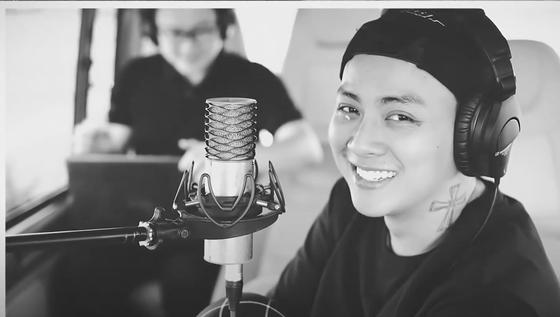 Nhạc sĩ Nguyễn Minh Cường và Hoài Lâm ra mắt ca khúc 'Hoa nở vô thường' ảnh 2