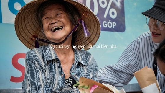 """Nguyên Hà và dàn đồng ca y bác sĩ, tình nguyện viên hát """"Đã bao lâu"""" ảnh 12"""