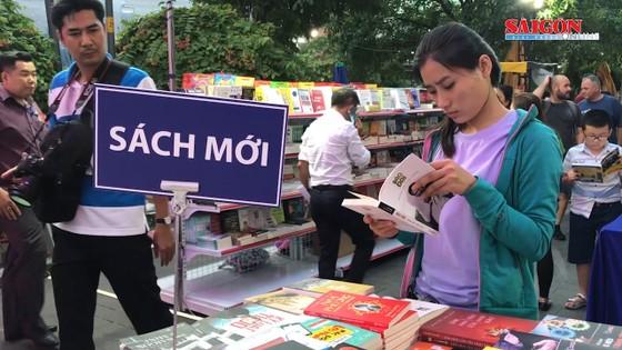 Hơn 60.000 đầu sách tại Lễ hội Đường sách Tết Canh Tý 2020 ảnh 2