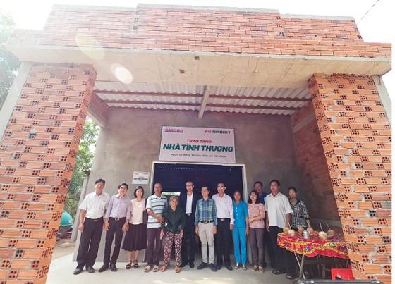 Báo SGGP trao tặng nhà tình thương cho người dân Bến Tre đón tết ảnh 1