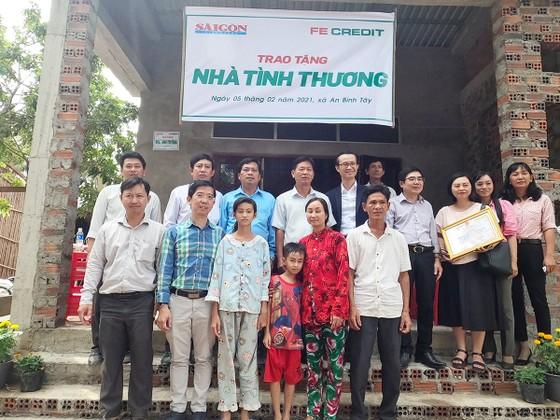 Báo SGGP trao tặng nhà tình thương cho người dân Bến Tre đón tết ảnh 2