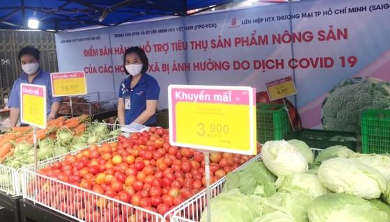 """Nhiều siêu thị tham gia """"giải cứu"""" nông sản Hải Dương, Hải Phòng ảnh 2"""